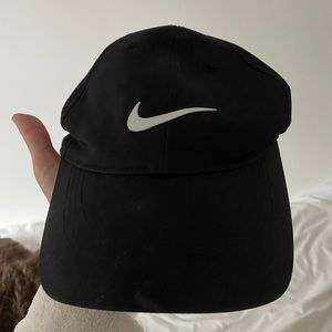 Nike cap from urban outfitters never worn